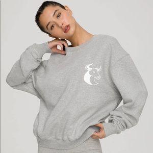 New Good American Gray Taurus Boyfriend Sweatshirt
